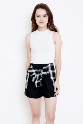 Shorts with contrast fake-sleeves-shirt
