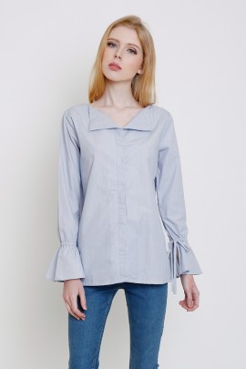 Top with sleeve cuff ties