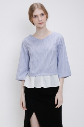 Top with contrast Frill